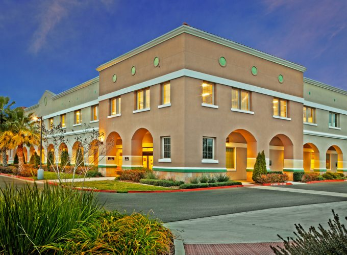 VA OUTPATIENT CLINIC + YCCD HQ